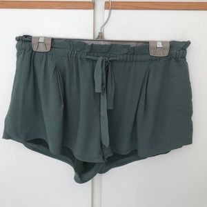 Aritzia Wilfred Montrouge short small